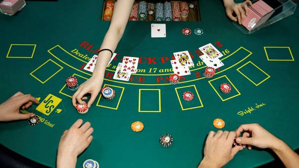 Foreign casino operators go all in as they vie for Osaka licence