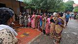 عدد قتلى فيضانات ولاية كيرالا الهندية يقترب من 400