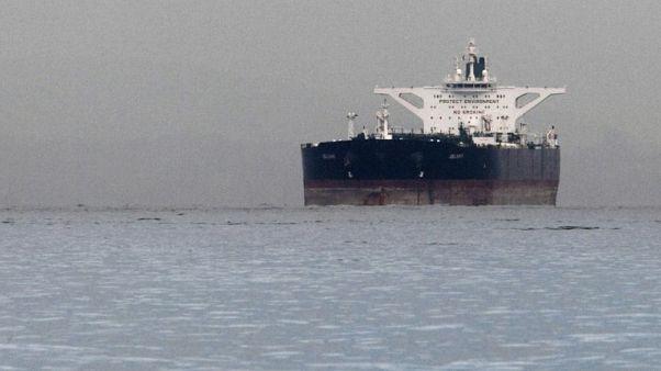 حصري-الصين تتحدى ضغوط أمريكا وتبقى على واردات النفط الإيراني