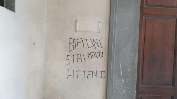 Scritta minacce contro sindaco Pd Prato