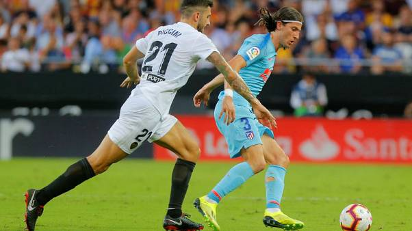 Filipe Luis has chance to join PSG says Atletico's Oblak