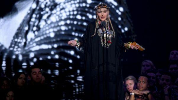 Hommage appuyé à Aretha Franklin aux Video Music Awards de MTV