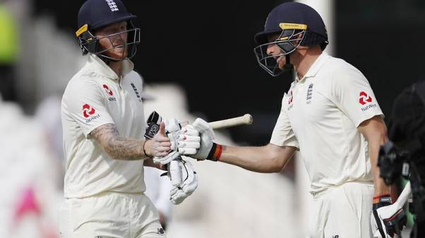 Cricket - Buttler and Stokes hold up India victory charge