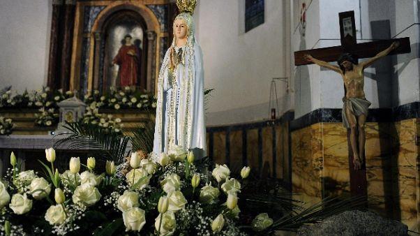 Turisti-naufraghi a Giglio in parrocchia