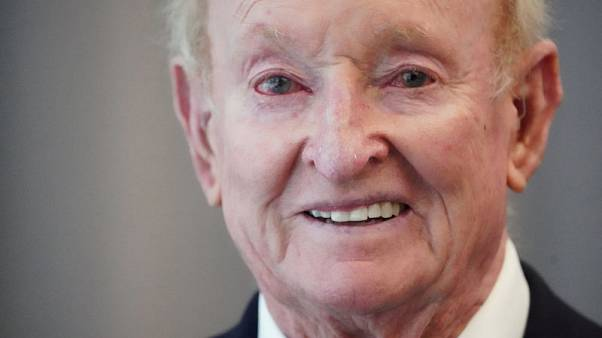 Tennis - For Rod Laver, it's go big or go home