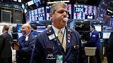 الأسهم الأمريكية ترتفع وستاندرد اند بورز يبلغ الذروة