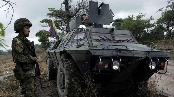كولومبيا تتهم جنودا من فنزويلا بعبور الحدود دون تصريح