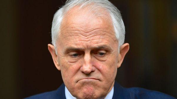 رئيس وزراء استراليا يتشبث بالسلطة رغم استقالة عدد من كبار الوزراء