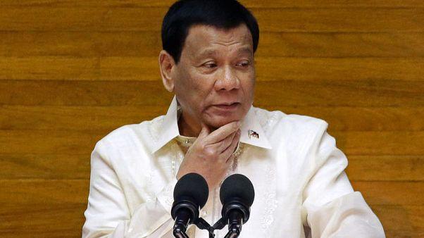 Duterte says three U.S. officials seeking talks on Philippines' defence procurement