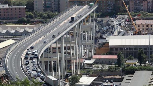 الادعاء: تآكل الجزء المتبقي من جسر جنوة لا صلة له بانهيار الجسر