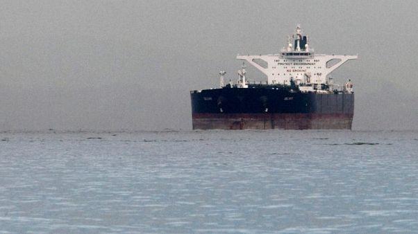 نظرة فاحصة- في سباق الاستحواذ على نصيب إيران في سوق النفط الأوروبية.. الجودة هي الفيصل