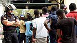 إسبانيا تعيد مهاجرين اقتحموا سياجا حدوديا في جيب سبتة إلى المغرب