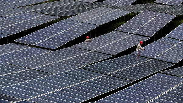 EU set to end Chinese solar panel import controls in September
