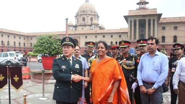 الهند والصين تتفقان على التوسع في علاقاتهما العسكرية