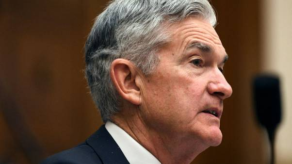 Fed's Powell defends policy of gradual interest rate hikes