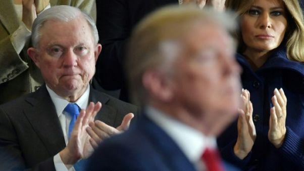 Trump s'acharne contre son ministre de la Justice