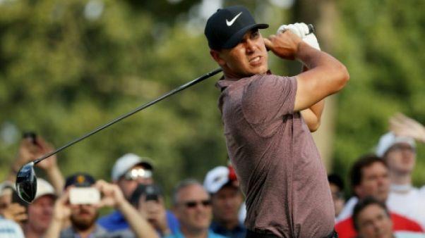 Golf: Koepka rejoint Lovemark en tête au 2e tour du Northern Trust