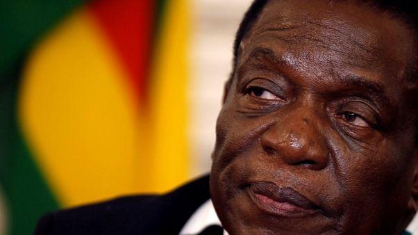 منانجاجوا يؤدي اليمين رئيسا لزيمبابوي وسط انتقادات أمريكية