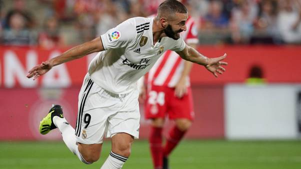 Real maintain perfect start thanks to Benzema's double strike