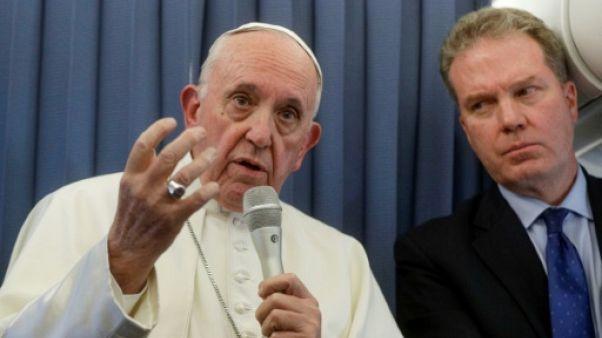 Le pape refuse de commenter les accusations d'un prélat américain