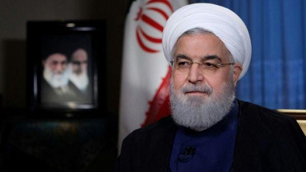 En Iran, le président Rohani cerné par les critiques
