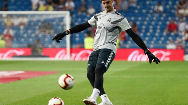 Soccer - Impressive Navas shows Courtois who is No 1 at Madrid