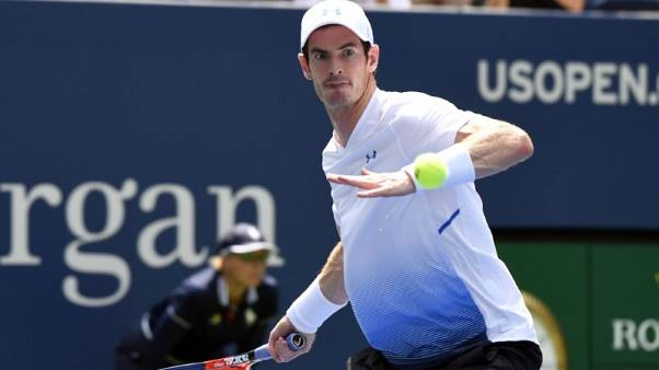 Murray beats Duckworth on Grand Slam return