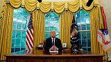 ترامب يأمر بتنكيس الأعلام حدادا على وفاة مكين بعد ضغوط سياسية