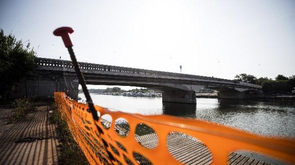 Riapre ponte Scafa,senso unico alternato