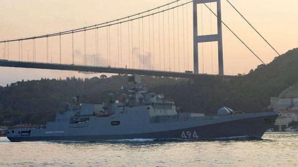 روسيا تعزز قواتها البحرية قبالة الساحل السوري