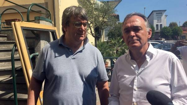 Migranti: Rossi, va da don Biancalani