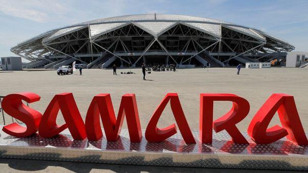 الظلام يخيم على ملعب روسي استضاف كأس العالم لتأخره في دفع فواتير الكهرباء