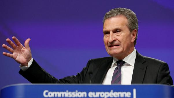 EU's Oettinger warns Italy on budget payments
