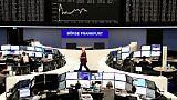 مخاوف التجارة تلقي بظلالها مجددا على الأسهم الأوروبية