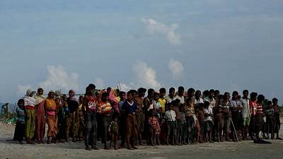 Myanmar aid restrictions 'could be war crime', says rights group
