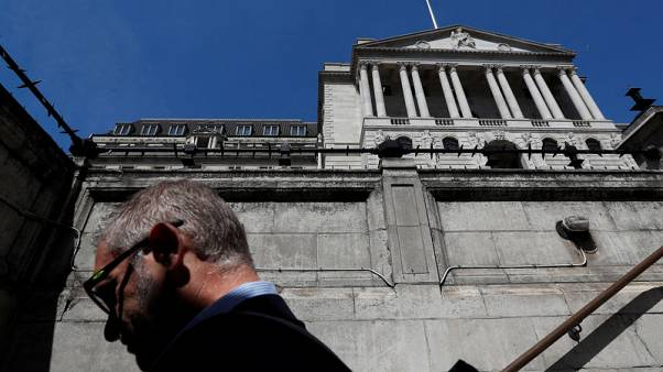 UK sees record drop in foreigners' holdings of government debt