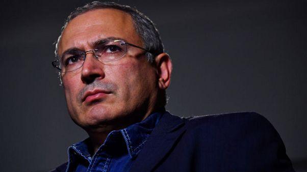 Kremlin critic pulls plug on media outlet after slaying of TV crew