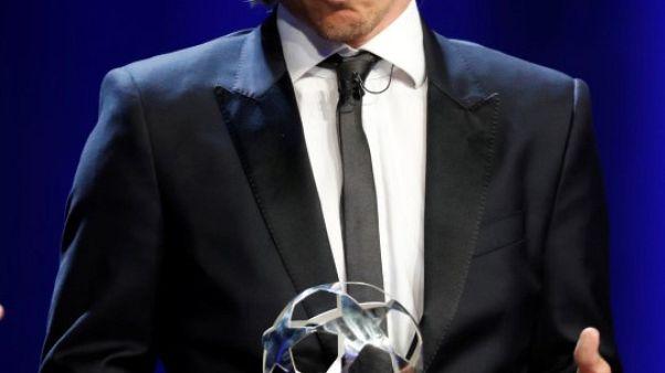 مودريتش يفوز بجائزة أفضل لاعب في أوروبا