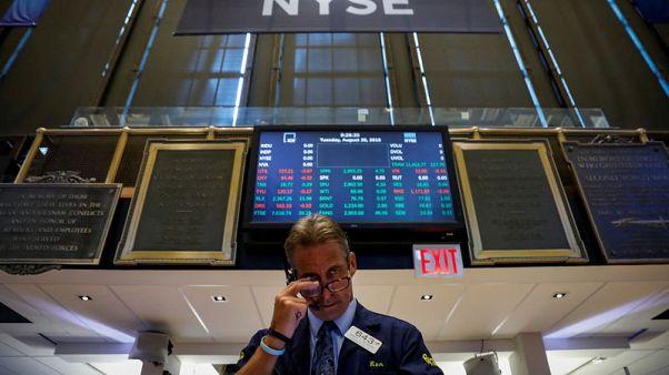 المخاوف بشأن التجارة توقف اتجاها صعوديا لبورصة وول ستريت
