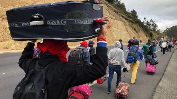 كولومبيا وبيرو والإكوادور تطلب مساعدات للتعامل مع أزمة المهاجرين من فنزويلا