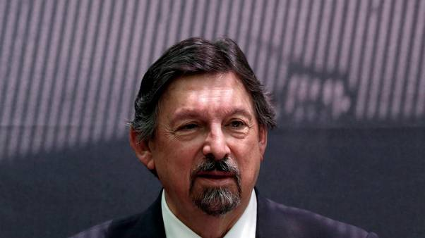 Mexico union boss brushes off past woes in political comeback