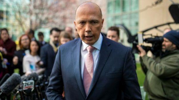 Australie: un scandale de jeunes filles au pair frappe le ministre de l'Intérieur