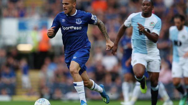 Everton forward Sandro joins Real Sociedad on loan