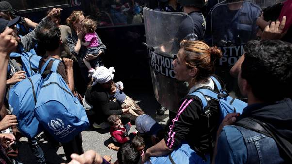 Situation at 'boiling point' at refugee centre on Greek island - U.N.