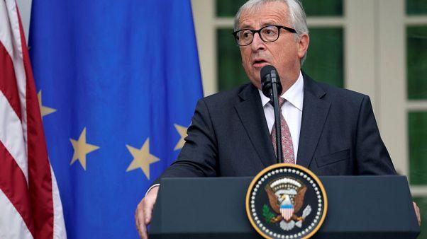 Juncker pledges to boost auto tariffs if Trump reneges on agreement