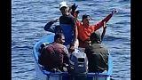 Gdf blocca barca con sette migranti
