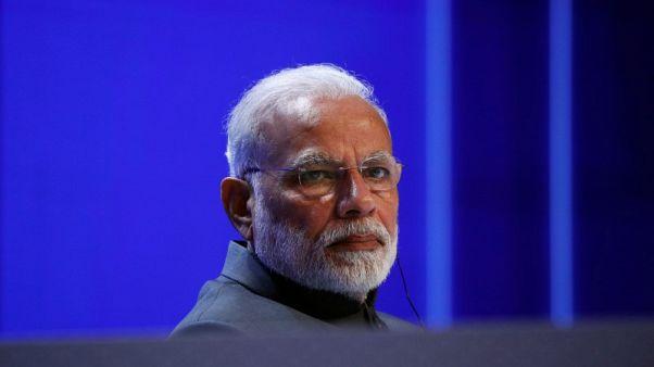 مودي يدشن بنك مدفوعات لتحويل رجال البريد إلى مصرفيين في الهند
