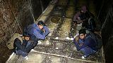 الشرطة في البوسنة توقف 50 مهاجرا كانوا يستقلون قطارا للشحن