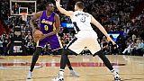 NBA: les Lakers libérent Luol Deng