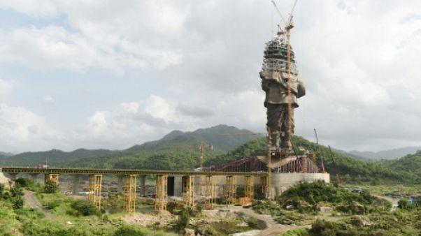 En Inde, deux statues aussi politiques que gigantesques
